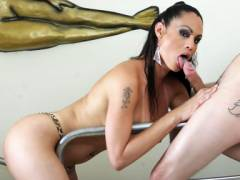 Naughty Tranny Oral oexes