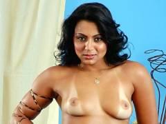 Sexy Latina Ellen Drilled