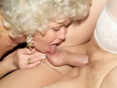 Elderly Hotties Having a Threesome