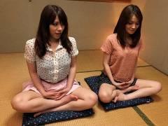 Anna Kirishima and Kana Suzuki nailed at yoga