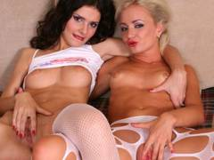 Lesbians to score dildo then finish off with fingers